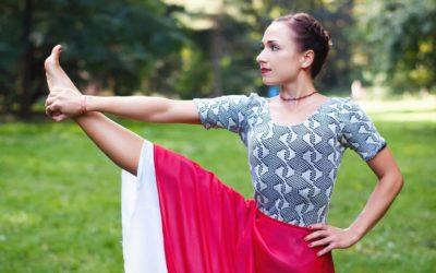 Індивідуальні уроки з йоги Айєнгара.